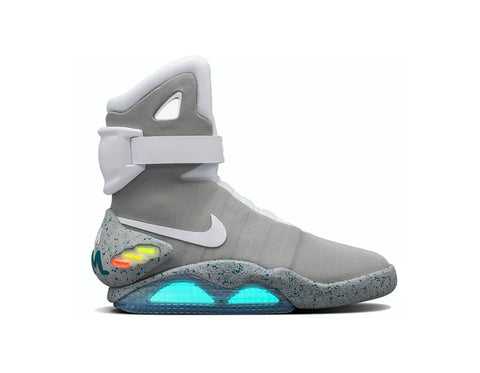 Nike Air Mag Back To The Future 2016