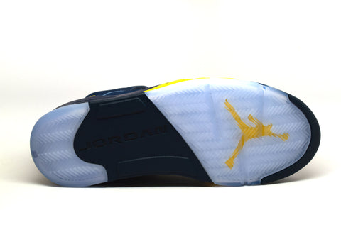Air Jordan 5 Retro Michigan P.E.