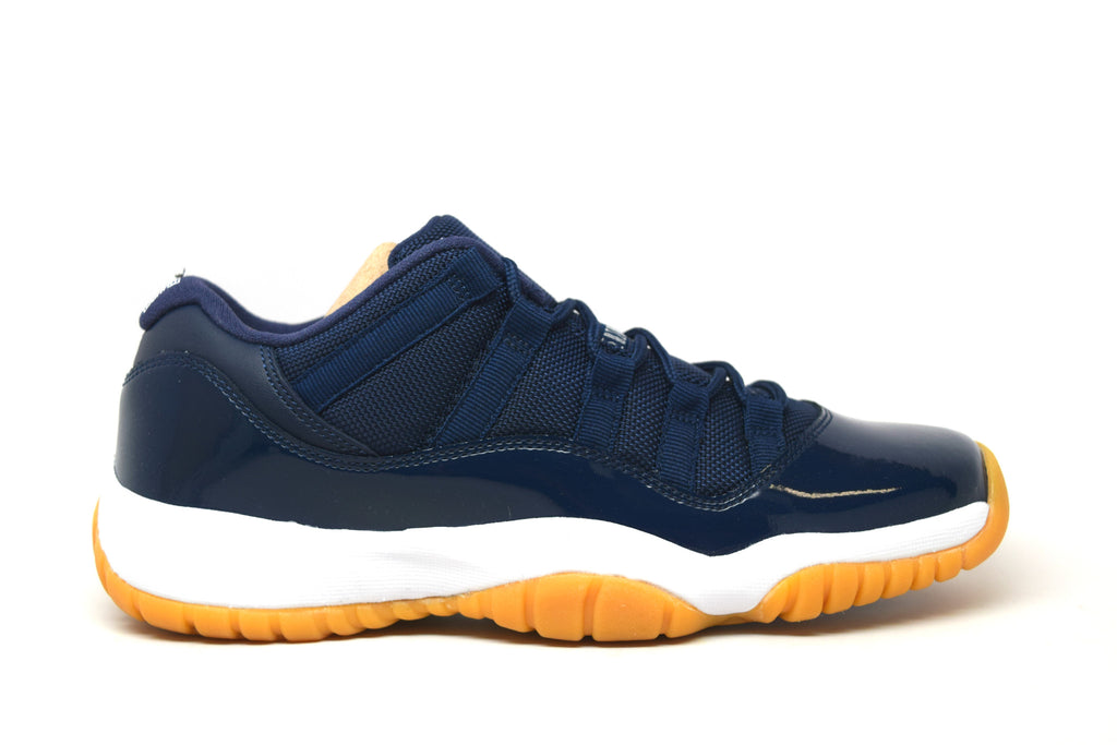 Air Jordan 11 Retro Low Midnight Navy / Gum BG GS