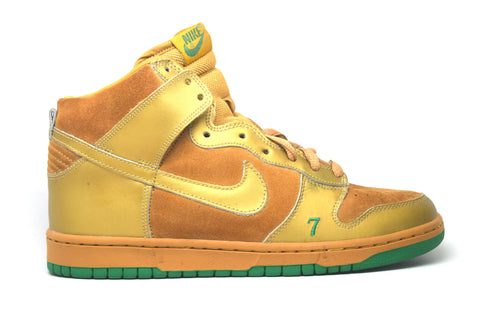 separation shoes e2d4f 11b84 Nike Dunk High Pro SB Lucky Sample ...
