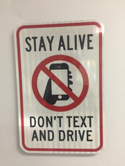 no texting and driving sign