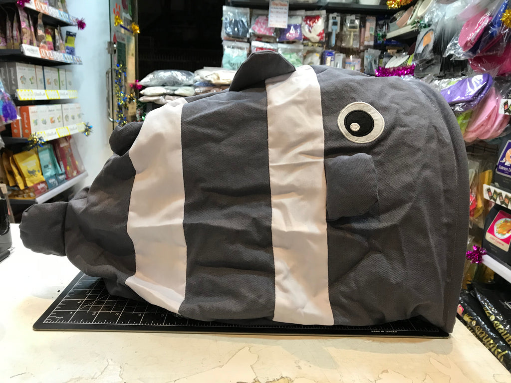 Fish Shape Pet Cave House Bed   魚隧道窩