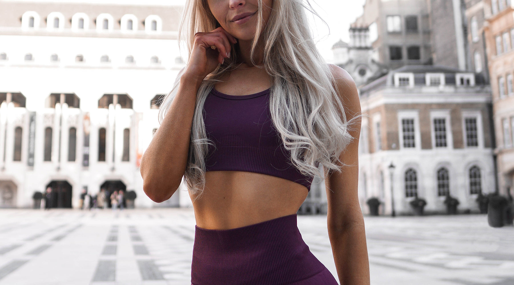 V3 Apparel seamless curve sports bra with removable padded cups - plum
