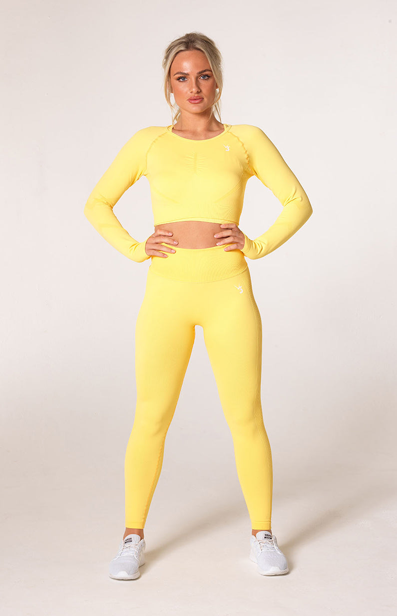 Define Seamless Scrunch Leggings + Crop Long Sleeve - Lemon