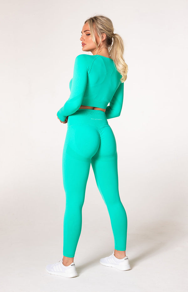 Define Seamless Scrunch Leggings + Crop Long Sleeve - Teal