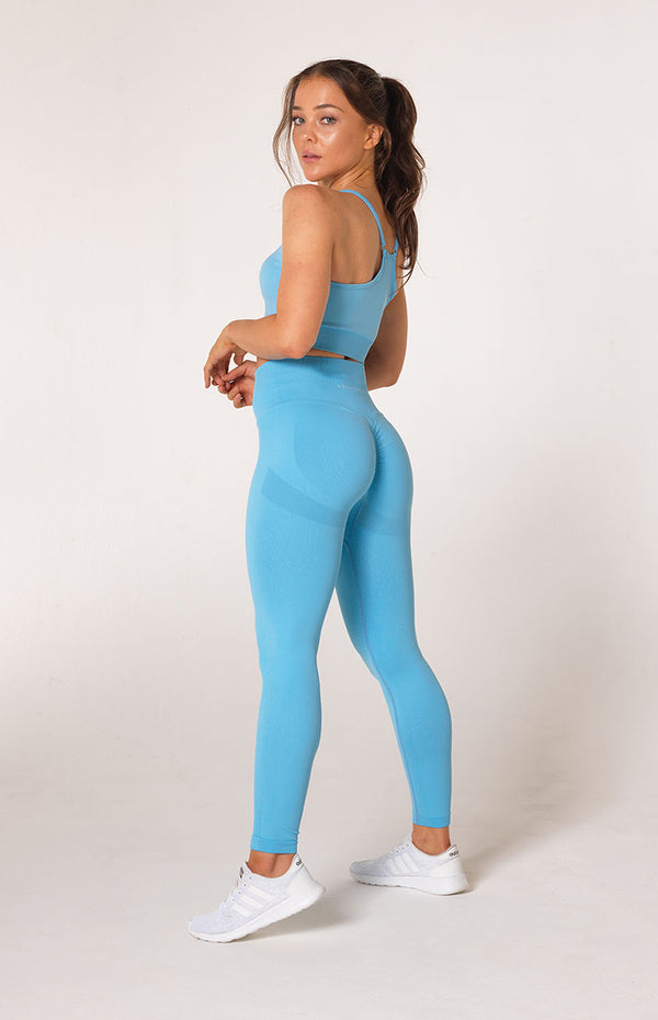 Define Seamless Scrunch Set - Sky Blue