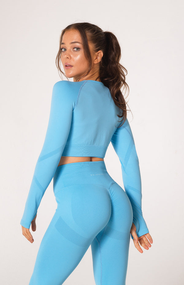 Define Seamless Scrunch Crop Long Sleeve - Sky Blue