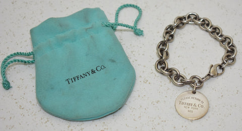 Tiffany & Co, Bracelet plaque ronde return to Tiffany a mailles moyennes, en argent 925