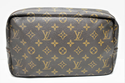 Louis Vuitton, Trousse de toilette 28 en toile monogram