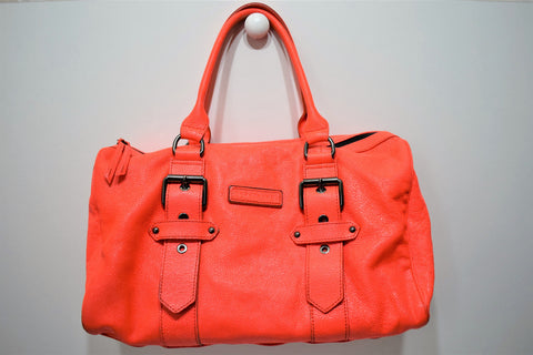 Longchamp, Sac Kate Moss, boston en cuir façon galuchat corail flash