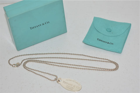 "Tiffany & Co , ""please return to"" Collier (sautoir) avec pendentif en argent 925"