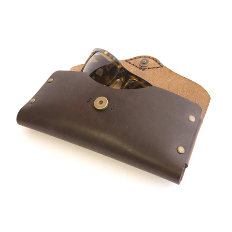 Oak Sunglasses Case (Nut Brown)
