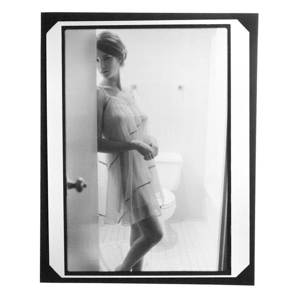 LIMITED EDITION DARKROOM PRINT. PHOTOGRAPH BY DANIELLE & JONATHAN LEDER