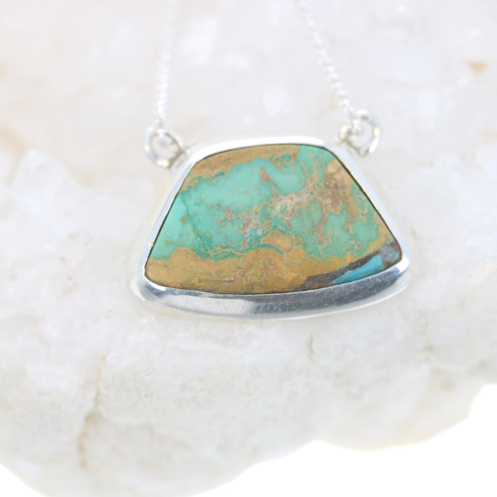 Evans Mine Turquoise Sterling Pendant Necklace 17""
