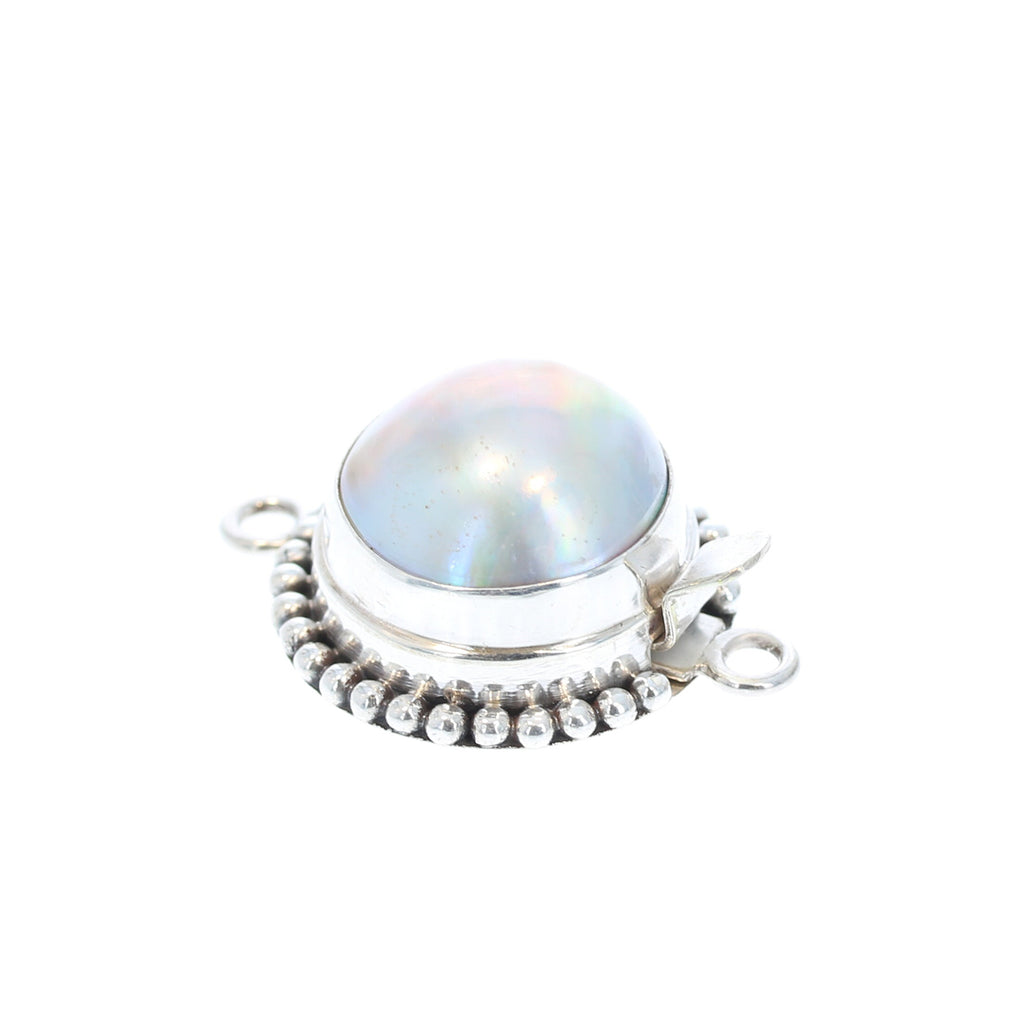 MABE PEARL CLASP Ball Design 14-15mm Cream