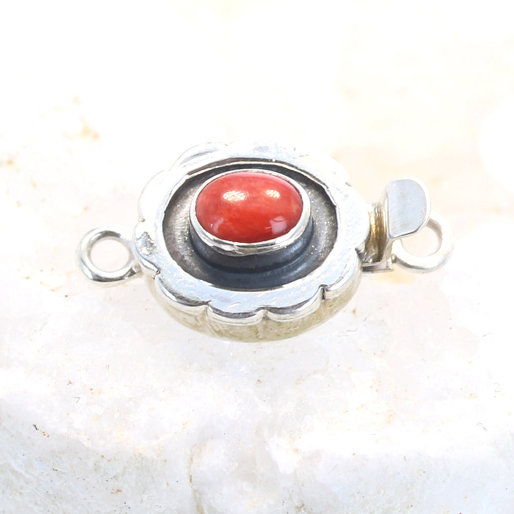 Spiny Oyster Clasp 6x8mm Scalloped Style Bezel Red