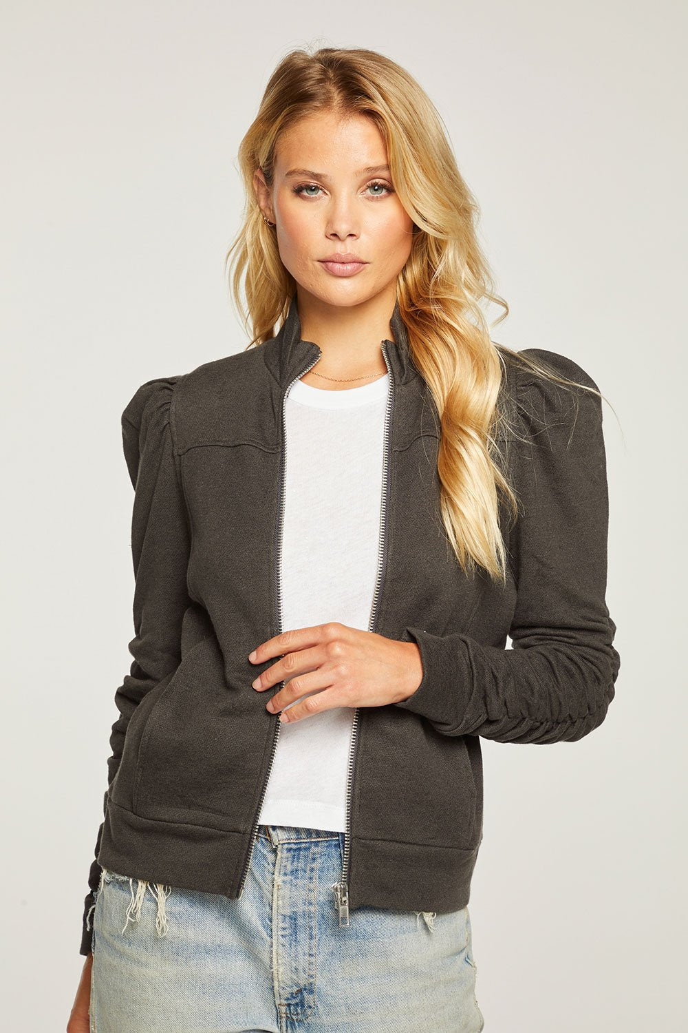 CHASER LINEN FRENCH TERRY SHIRRED PUFF SLEEVE MOCK NECK ZIP UP JACKET CW8543-VBLK