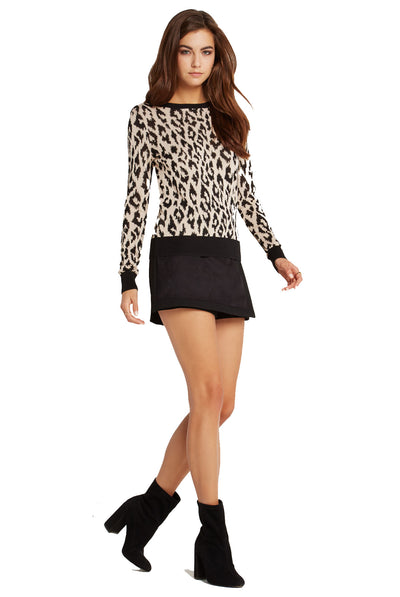 BCBGeneration Leopard Dot Jacquard Pullover in Black Combo XIB1W961