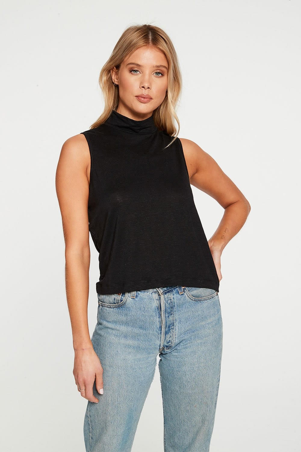 Chaser LINEN JERSEY CROPPED MOCK NECK MUSCLE TANK CW8395-TRBLK