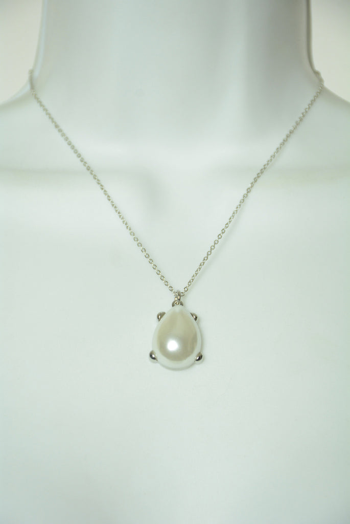 White and Silver Charm Necklace 95