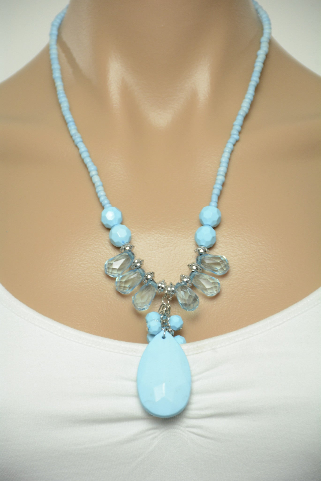 necklace bead long with tassel p blue