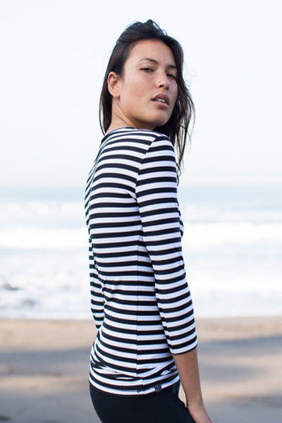 Salt Gypsy 3/4 Sleeve Basic Rashguard - Stripes - yApparel