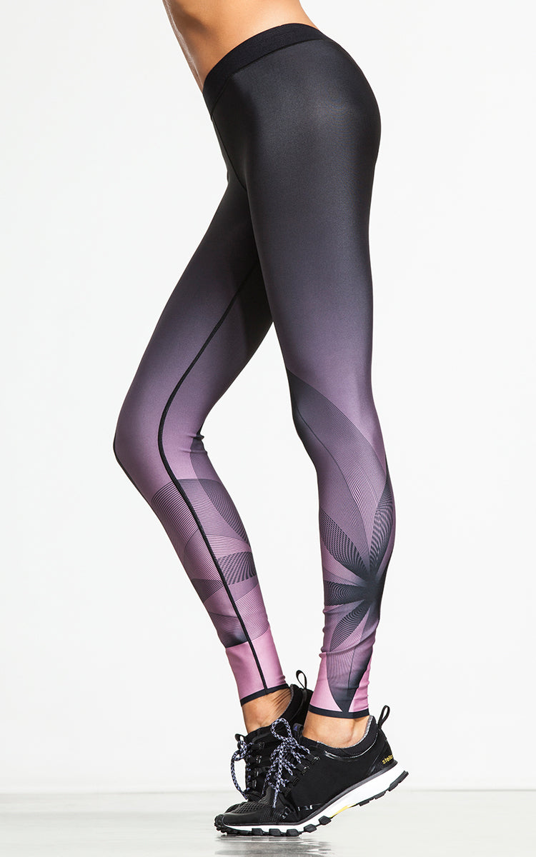 Ultracor Ultra Silk Pigment Print Legging - yApparel