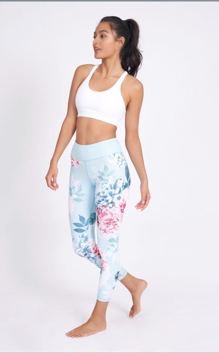 Dharma Bums Aquaria Recycled High Waist Printed Legging - 7/8 - yApparel
