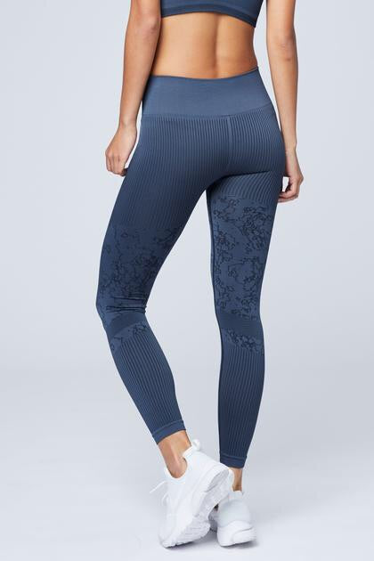 Varley Quincy Legging - yApparel