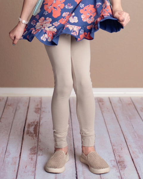 Latte Button Leggings