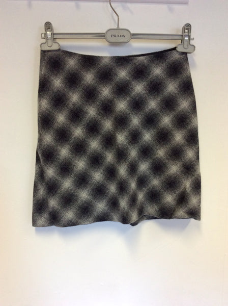 HOBBS GREY LAMBSWOOL CHECK MINI SKIRT SIZE 10