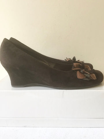GABOR BROWN SUEDE FLOWER TRIM WEDGE HEELS SIZE 6/39