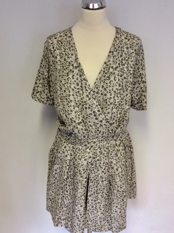 SMART REISS BEIGE PRINT SHORTS PLAYSUIT SIZE 10