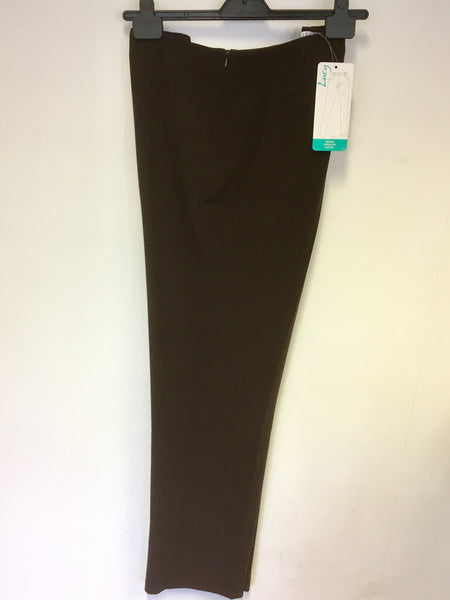 BRAND NEW EMRECO LUCY BROWN MID RISE,CURVED HIP,SLIM LEG TROUSERS SIZE 20