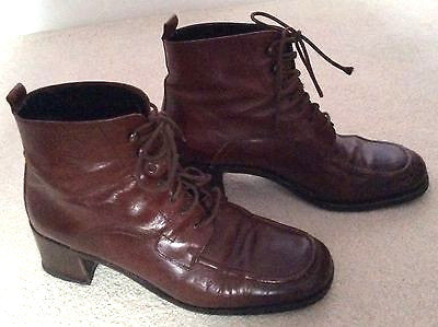 Vintage Bally Brown Leather Lace Up Ankle Boots Size 6 /39.5 - Whispers Dress Agency - Vintage Shoes - 1