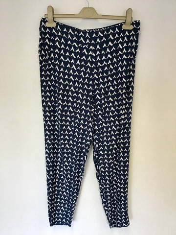 RCA FOR MONSOON NAVY & WHITE PRINT TROUSERS SIZE 10
