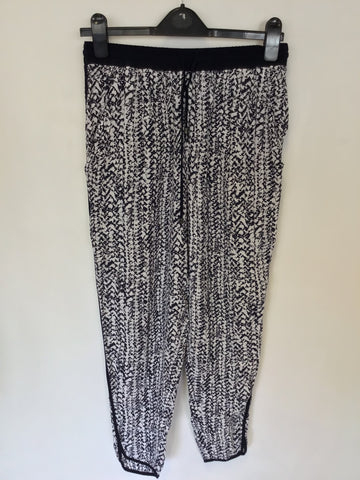 WHISTLES NAVY BLUE & WHITE PRINT ELASTICATED DRAWSTRING TIE TROUSERS SIZE 8