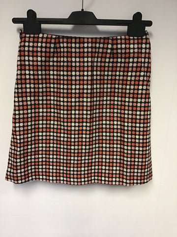 HOBBS CORAL,PEACH,BLACK & WHITE SPOT LAMBSWOOL MINI SKIRT SIZE 10