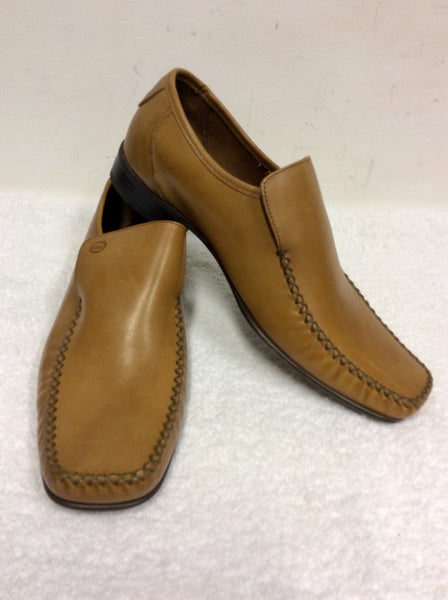 BRAND NEW BASE LONDON TAN LEATHER SLIP ON SHOES SIZE 9/43