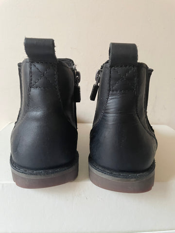 UGG KIDS BLACK LEATHER CHELSEA BOOTS SIZE 9/27.5