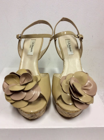 LK BENNETT NUDE PATENT LEATHER WEDGE HEEL SANDALS SIZE 6/39