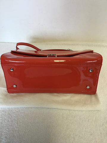 BRAND NEW LK BENNETT CORAL PATENT LEATHER HAND/ SHOULDER BAG