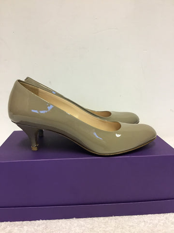 BALLY DIVONNE TAUPE PATENT LEATHER COURT SHOES SIZE 4/37