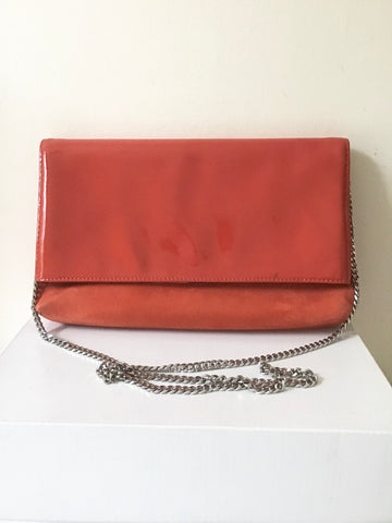 KAREN MILLEN ORANGE PATENT LEATHER & SUEDE CLUTCH BAG & CHAIN STRAP