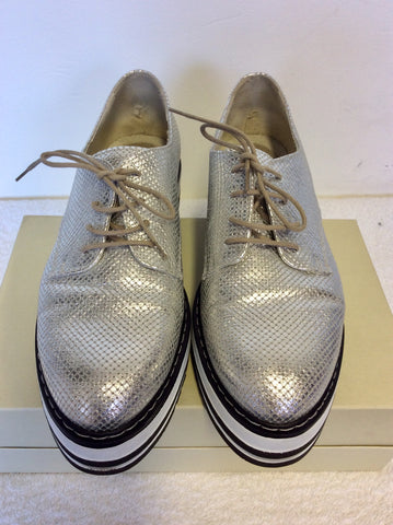 MODA IN PELLE SILVER & WHITE WEDGE HEEL LACE UP SHOES SIZE 7/40