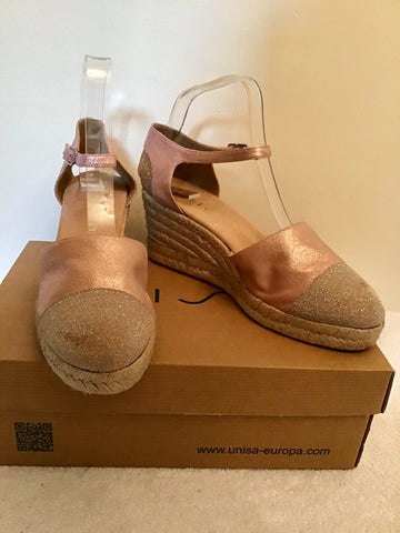 BRAND NEW UNISA ROSE GOLD LEATHER & GLITTER TRIM WEDGE HEEL SANDALS SIZE 7/40