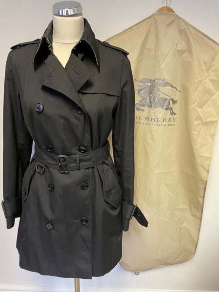 BURBERRY BLACK KENSINGTON HERITAGE MID LENGTH TRENCH COAT SIZE UK 10R