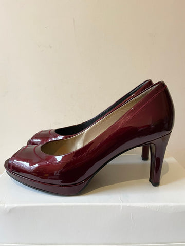 STUART WEITZMAN FOR RUSSELL & BROMLEY DEEP RED/WINE PATENT LEATHER PEEPTOE HEELS SIZE 6/39