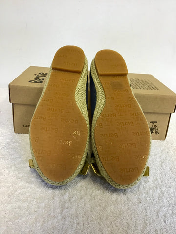 BRAND NEW BERTIE BLUE LEATHER PEEPTOE ESPADRILLE FLATS SIZE 4/37