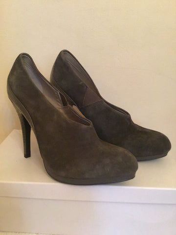 BRAND NEW MARKS & SPENCER AUTOGRAPH TAUPE SUEDE HEELS SIZE 6/39.5